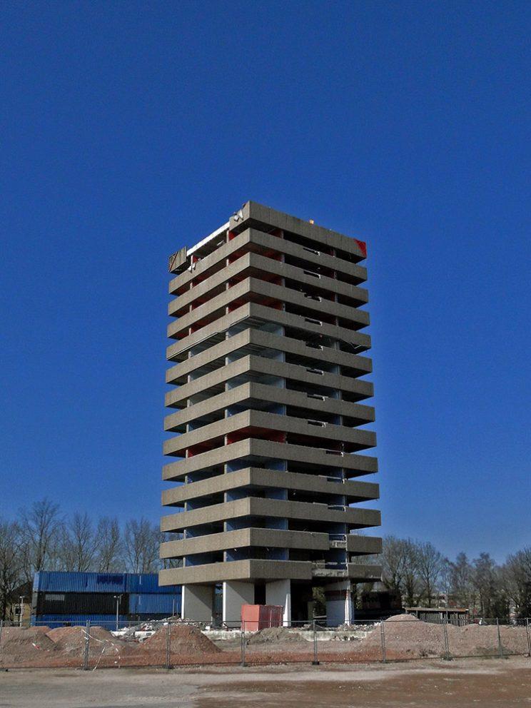 Toren rood, apr. 2013