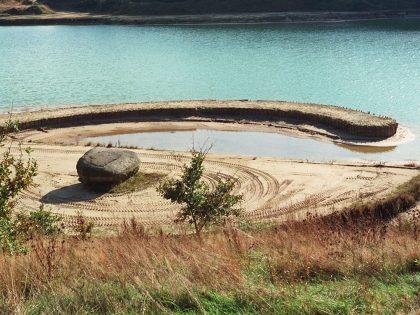 Broken Circle / Spiral Hill 1997