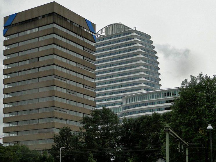 DUO sept. 2011, naast toren blauw, vanaf Verlengde Lodewijkstraat