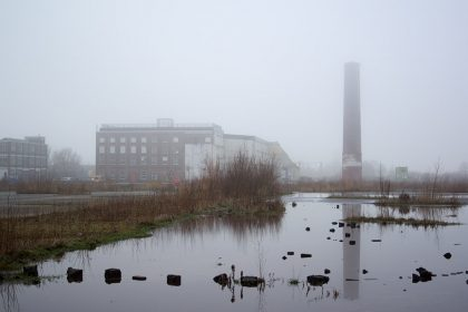 buitenterrein, Suikeruniegebouw, Groningen 1 feb. 2015
